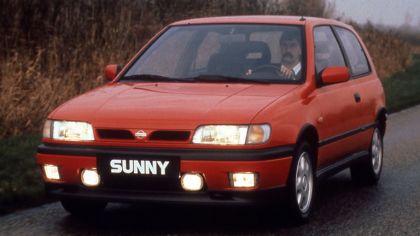 1990 Nissan Sunny ( N14 ) 3-door 5