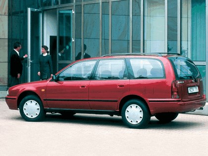1990 Nissan Sunny ( Y10 ) Traveller 2