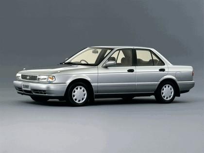 1992 Nissan Sunny ( B13 ) SuperSaloon 1