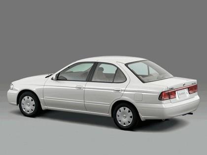 2002 Nissan Sunny ( B15 ) 3