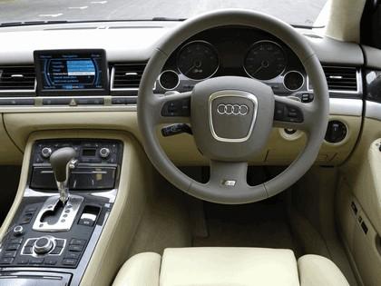 2005 Audi S8 ( D3 ) - UK version 6