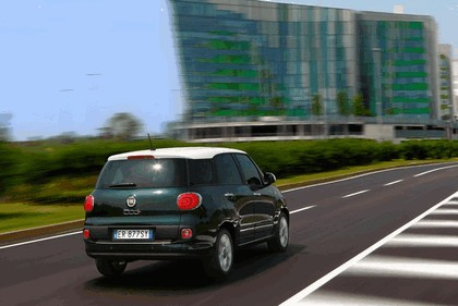 2013 Fiat 500L Living 6