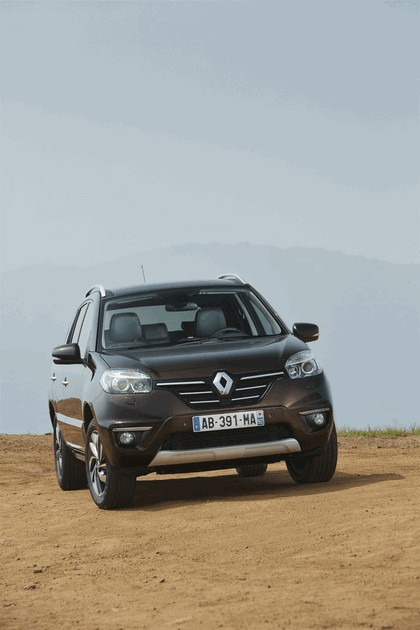 2013 Renault Koleos 11
