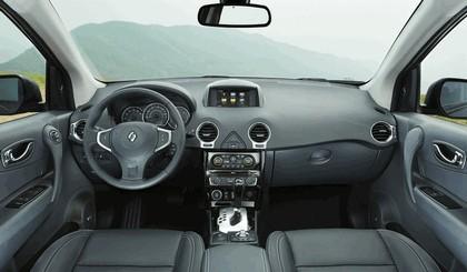 2013 Renault Koleos 29
