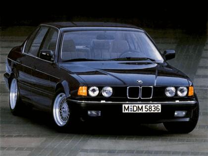 1986 BMW 735i ( E32 ) 1
