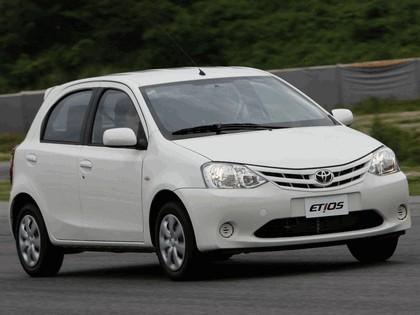 2012 Toyota Etios hatchback - Brazil version 5