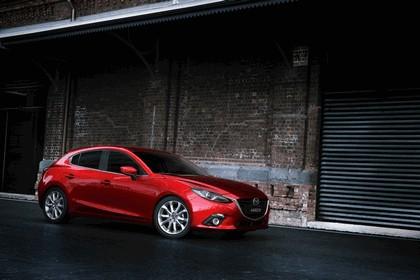 2013 Mazda 3 hatchback 2