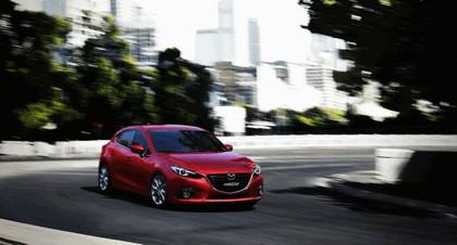 2013 Mazda 3 hatchback 5