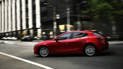 2013 Mazda 3 hatchback 6