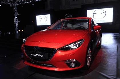 2013 Mazda 3 hatchback 13