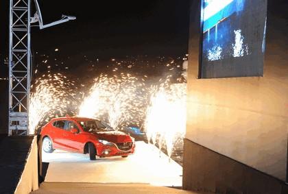 2013 Mazda 3 hatchback 15