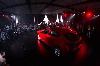 2013 Mazda 3 hatchback 18