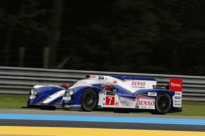 2013 Toyota TS030 Hybrid - Le Mans 24 Hours practice 13