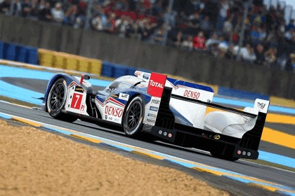 2013 Toyota TS030 Hybrid - Le Mans 24 Hours practice 14