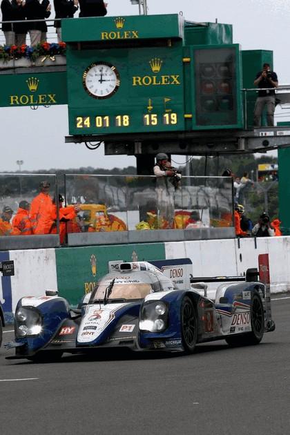 2013 Toyota TS030 Hybrid - Le Mans 24 Hours race 1