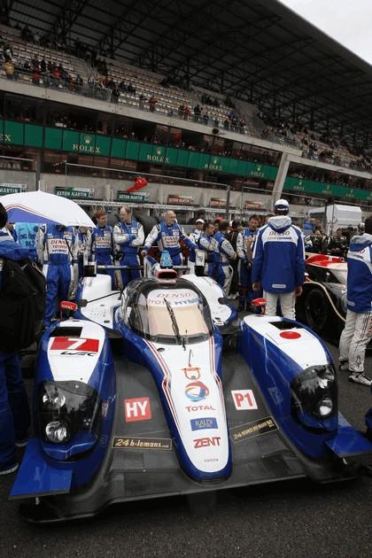 2013 Toyota TS030 Hybrid - Le Mans 24 Hours race 10
