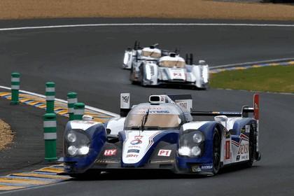 2013 Toyota TS030 Hybrid - Le Mans 24 Hours race 17