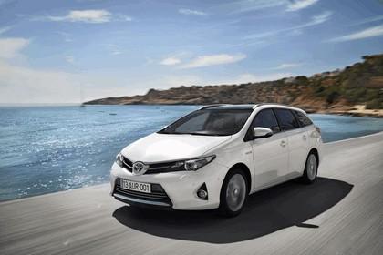 2013 Toyota Hybrid Touring Sports 20