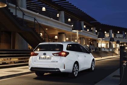 2013 Toyota Hybrid Touring Sports 24