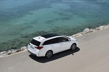 2013 Toyota Hybrid Touring Sports 33