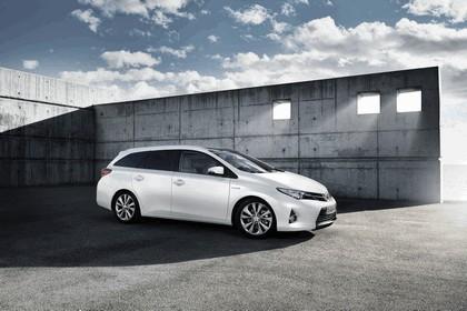 2013 Toyota Hybrid Touring Sports 48