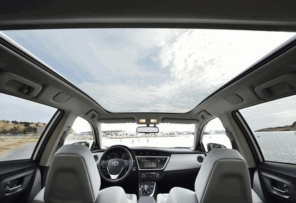 2013 Toyota Hybrid Touring Sports 63