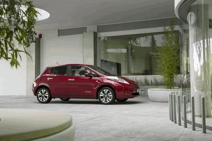 2014 Nissan Leaf 37