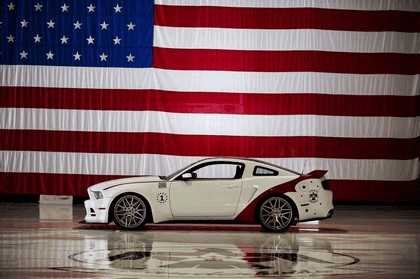 2013 Ford Mustang GT - U.S. Air Force Thunderbirds edition 7