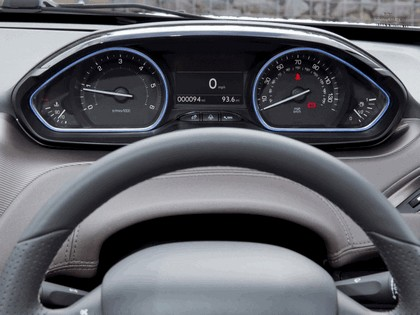 2013 Peugeot 2008 - UK version 9