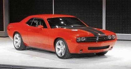 2007 Dodge Challenger RT concept 16