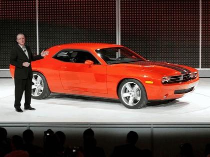 2007 Dodge Challenger RT concept 18