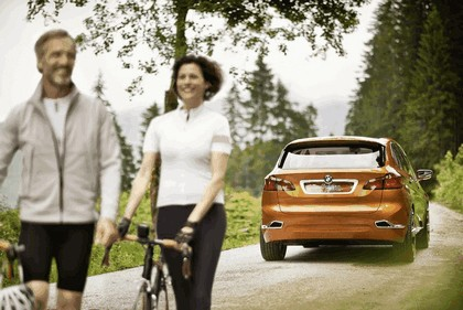 2013 BMW Concept Active Tourer Outdoor 11