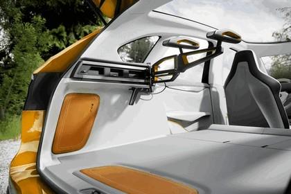 2013 BMW Concept Active Tourer Outdoor 22
