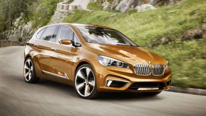 2013 BMW Concept Active Tourer Outdoor 4