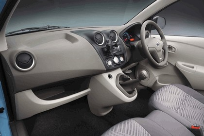 2013 Datsun Go 13