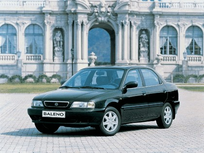 1995 Suzuki Baleno sedan 3