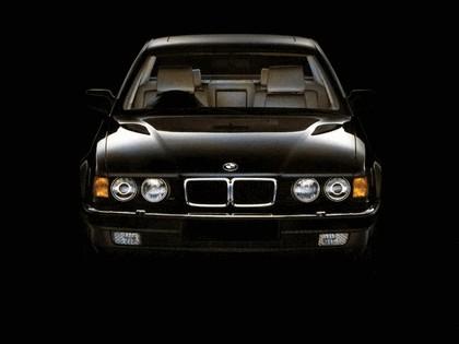 1987 BMW 750iL ( E32 ) - UK version 3