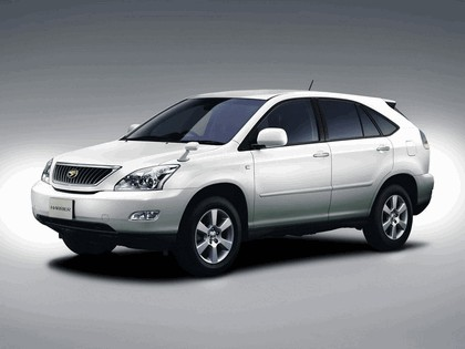 2003 Toyota Harrier 4