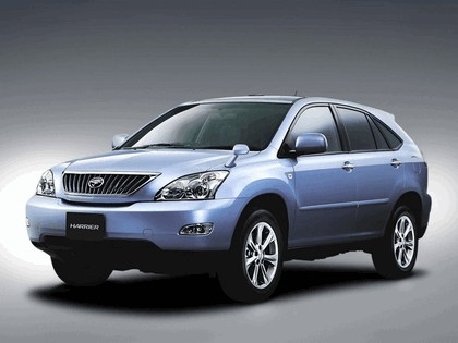 2003 Toyota Harrier 7