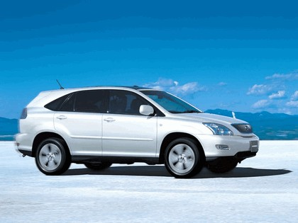 2003 Toyota Harrier 11