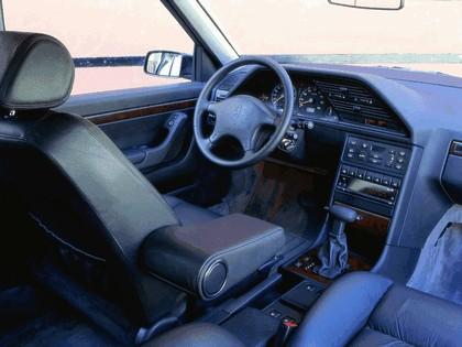 1989 Peugeot 605 2