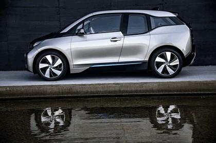 2013 BMW i3 64