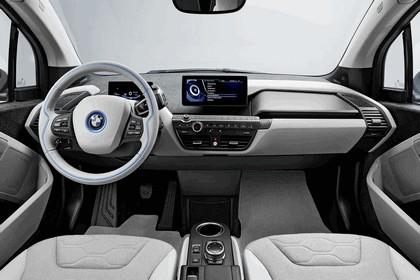 2013 BMW i3 106