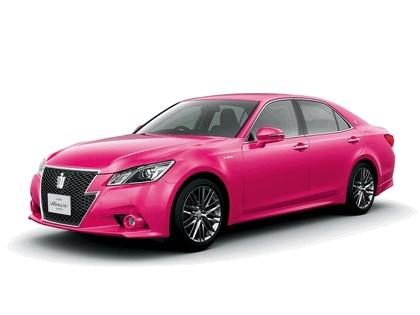 2013 Toyota Crown ( S210 ) Hybrid Athlete Pink 1