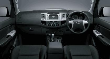 2013 Toyota Hilux Invincible 13