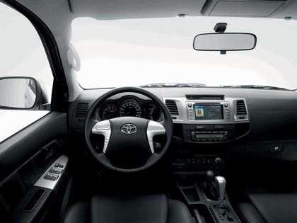 2013 Toyota Hilux Invincible 16