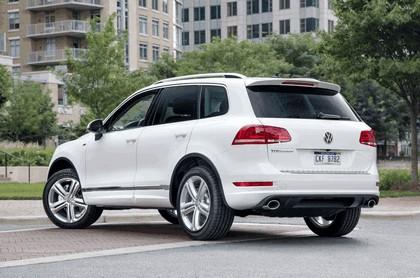 2014 Volkswagen Touareg V6 TDI R-Line - USA version 2