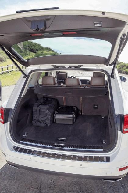 2014 Volkswagen Touareg V6 TDI R-Line - USA version 6