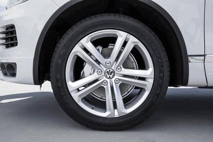 2014 Volkswagen Touareg V6 TDI R-Line - USA version 11