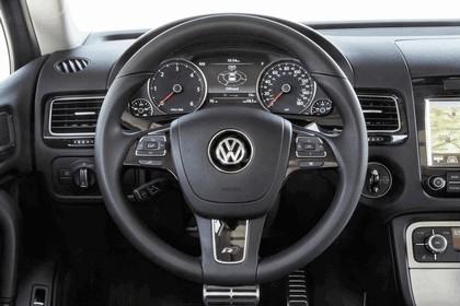 2014 Volkswagen Touareg V6 TDI R-Line - USA version 17